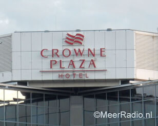 CROWNE PLAZA cright