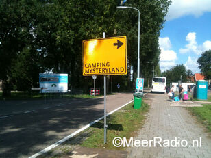 Mysteryland Camping bord geel